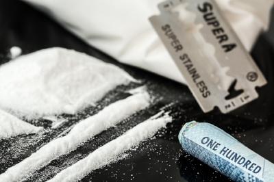 drugs-908533_1280.jpg