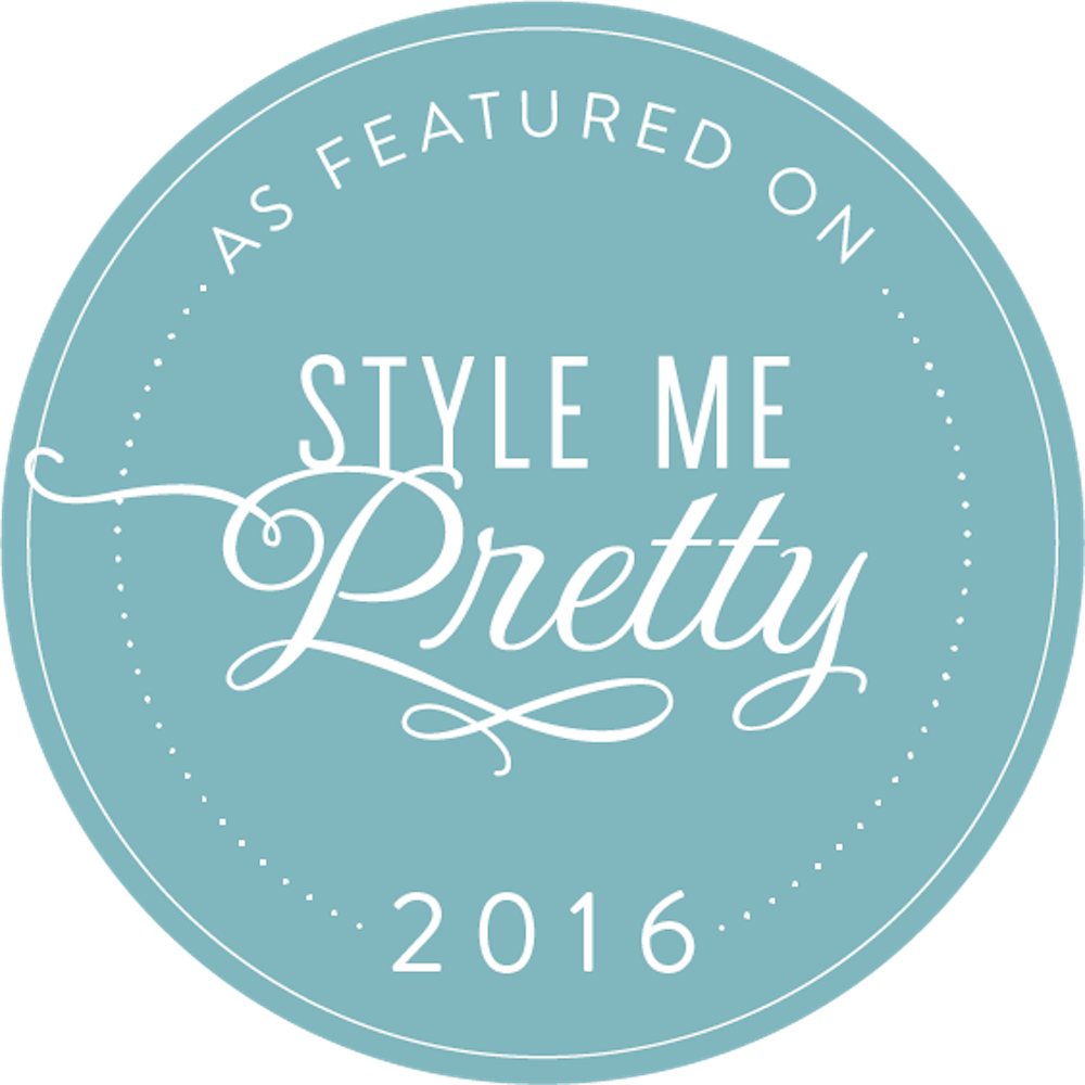 2016-logo-saya-photography-stylemepretty-badge.png