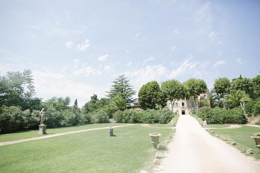 saya-photography-wedding-photographer-provence-chateau-de-robernier-8.jpg