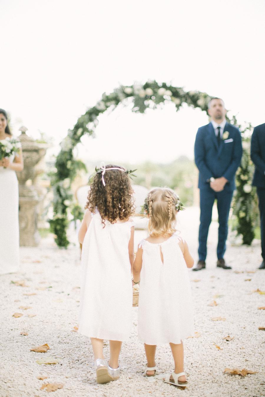 saya-photography-wedding-photographer-provence-chateau-de-robernier-53.jpg