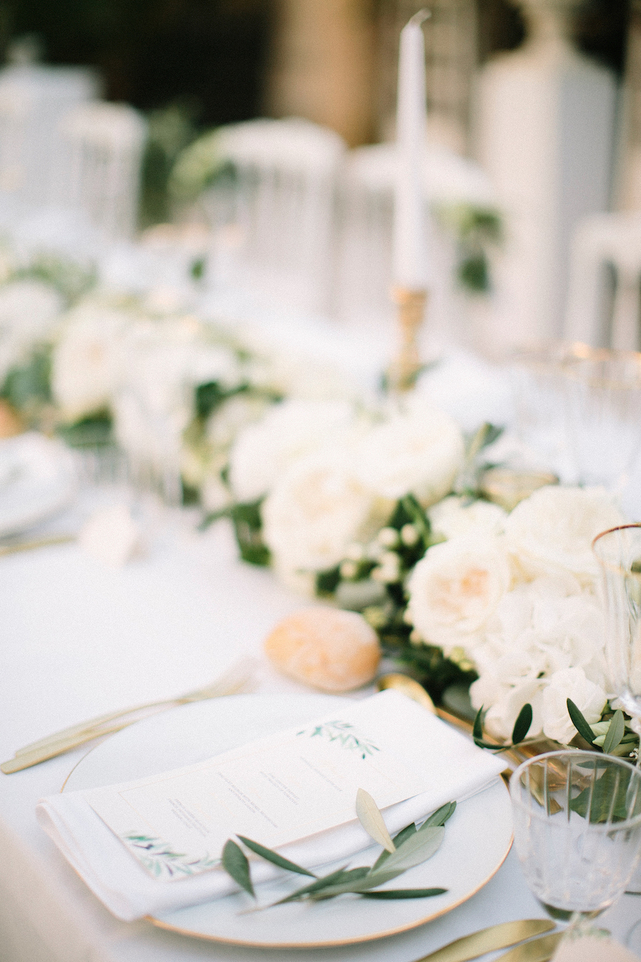 saya-photography-wedding-photographer-provence-chateau-de-robernier-88.jpg