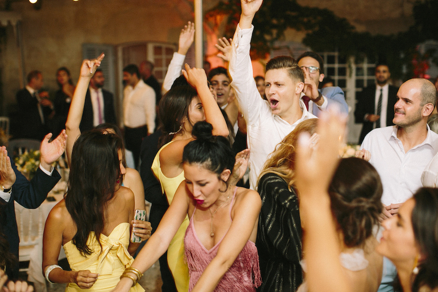 saya-photography-wedding-photographer-provence-chateau-de-robernier-164.jpg