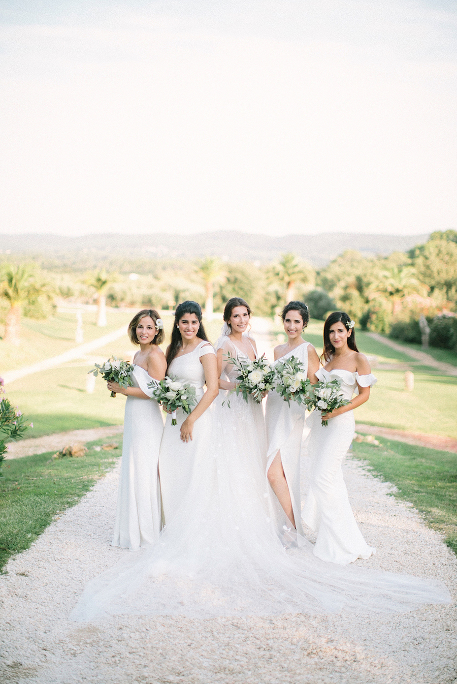 saya-photography-wedding-photographer-provence-chateau-de-robernier-101.jpg
