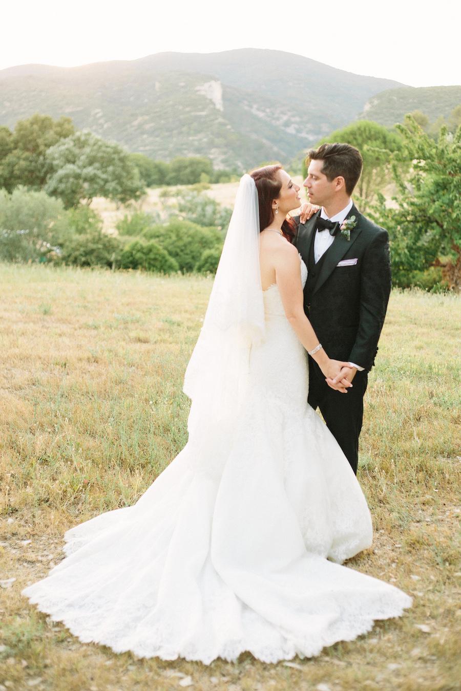 saya-photography-jewish-wedding-provence-rustic-lourmarin-le-galinier-45.jpg