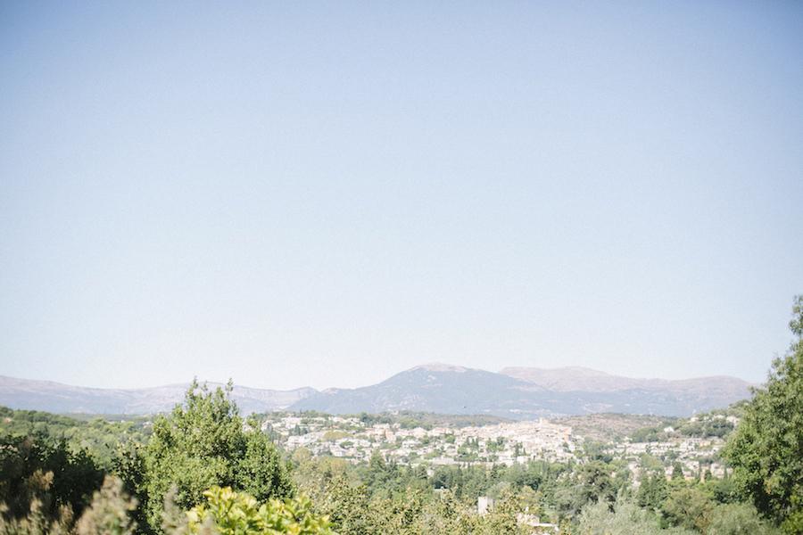 saya-photography-wedding-french-riviera-rustic-antibes-la-bastide-du-roy-28.jpg