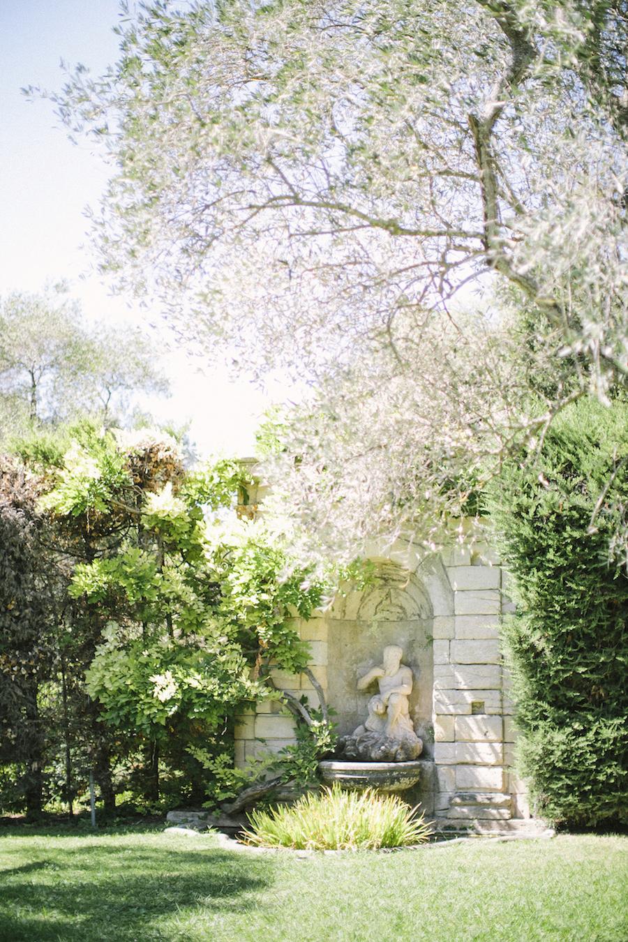 saya-photography-wedding-french-riviera-rustic-antibes-la-bastide-du-roy-29.jpg