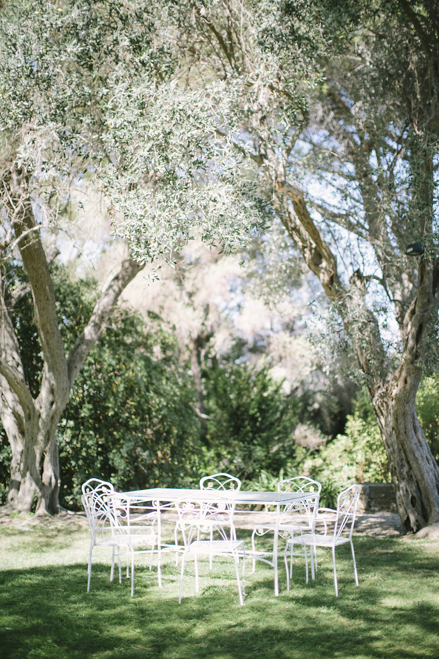 saya-photography-wedding-french-riviera-rustic-antibes-la-bastide-du-roy-27.jpg