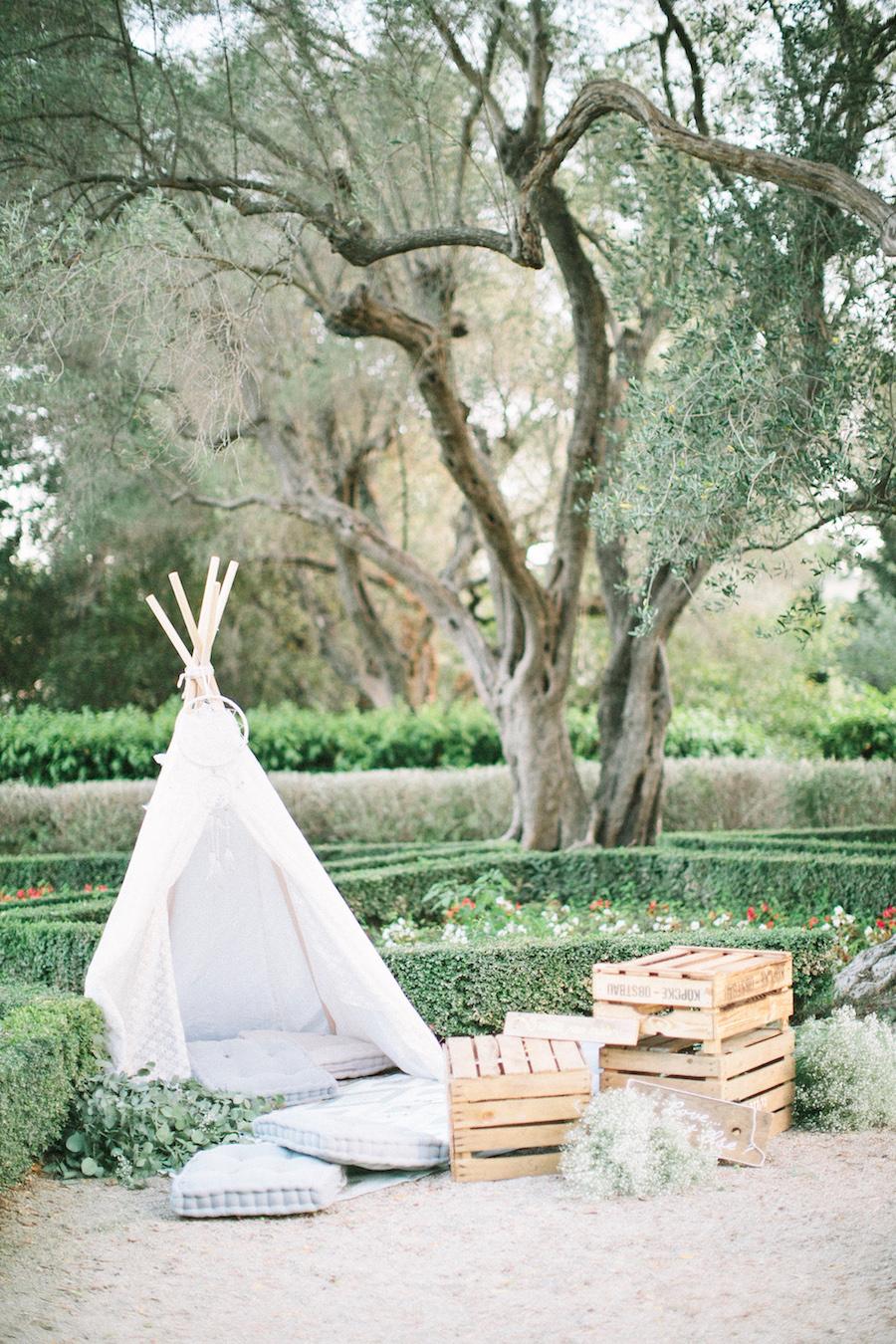 saya-photography-wedding-french-riviera-rustic-antibes-la-bastide-du-roy-117.jpg