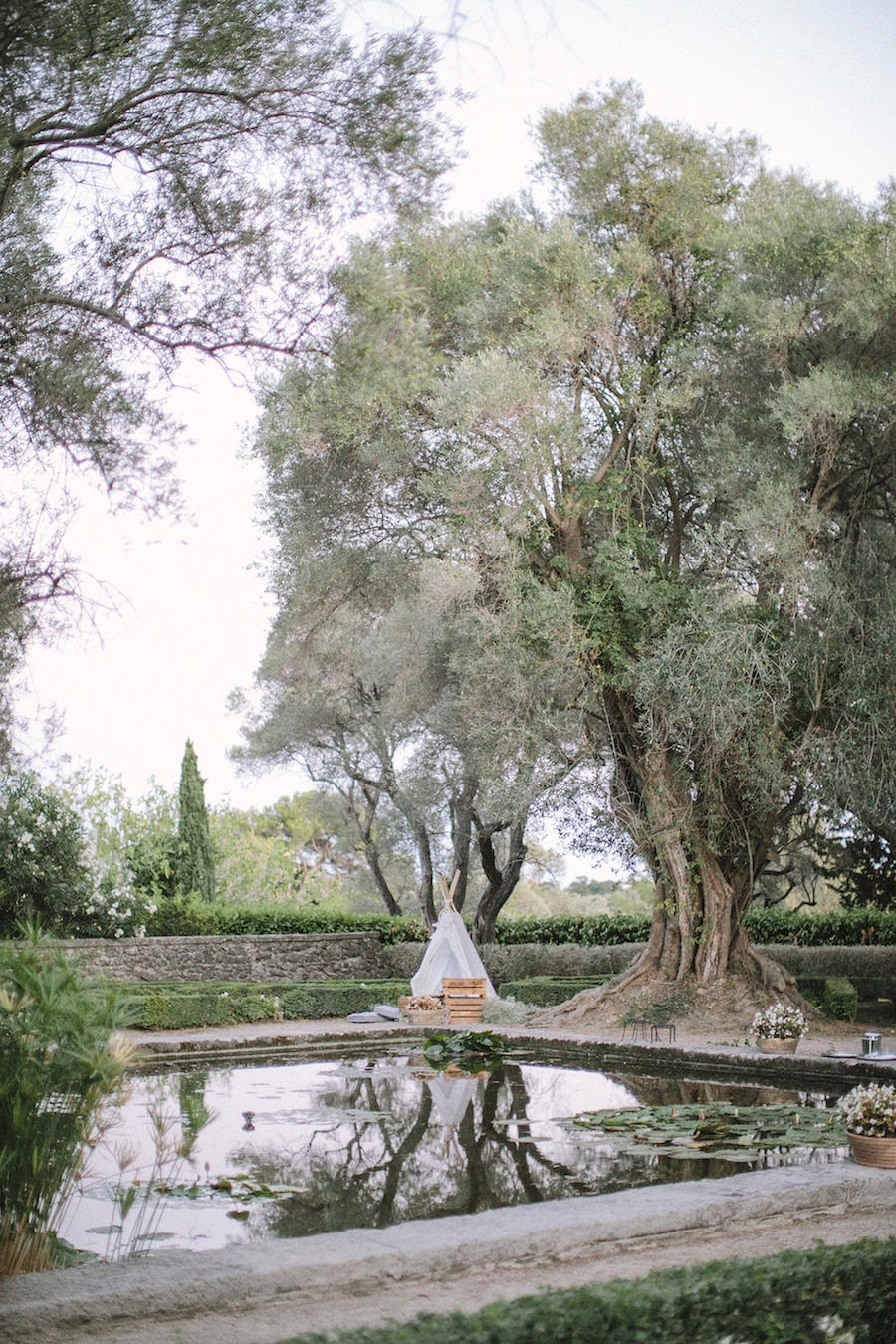 saya-photography-wedding-french-riviera-rustic-antibes-la-bastide-du-roy-113.jpg
