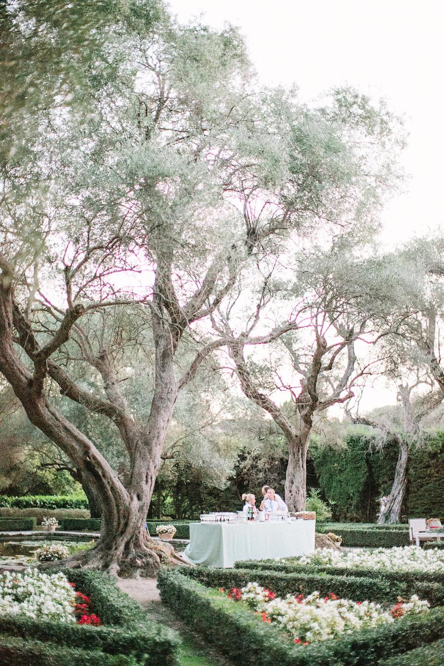 saya-photography-wedding-french-riviera-rustic-antibes-la-bastide-du-roy-122.jpg