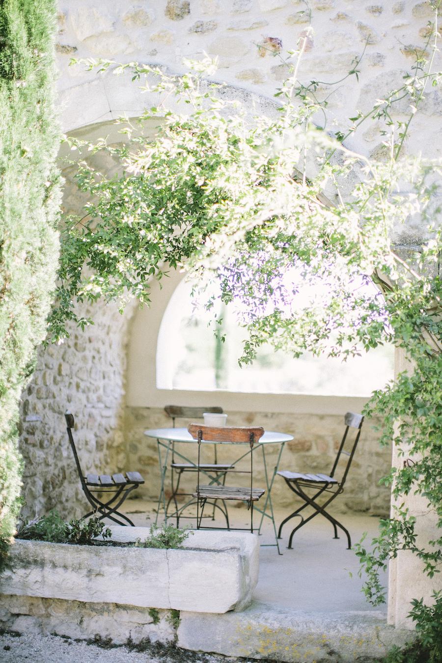 saya-photography-rustic-french-wedding-provence-domaines-de-patras-5.jpg