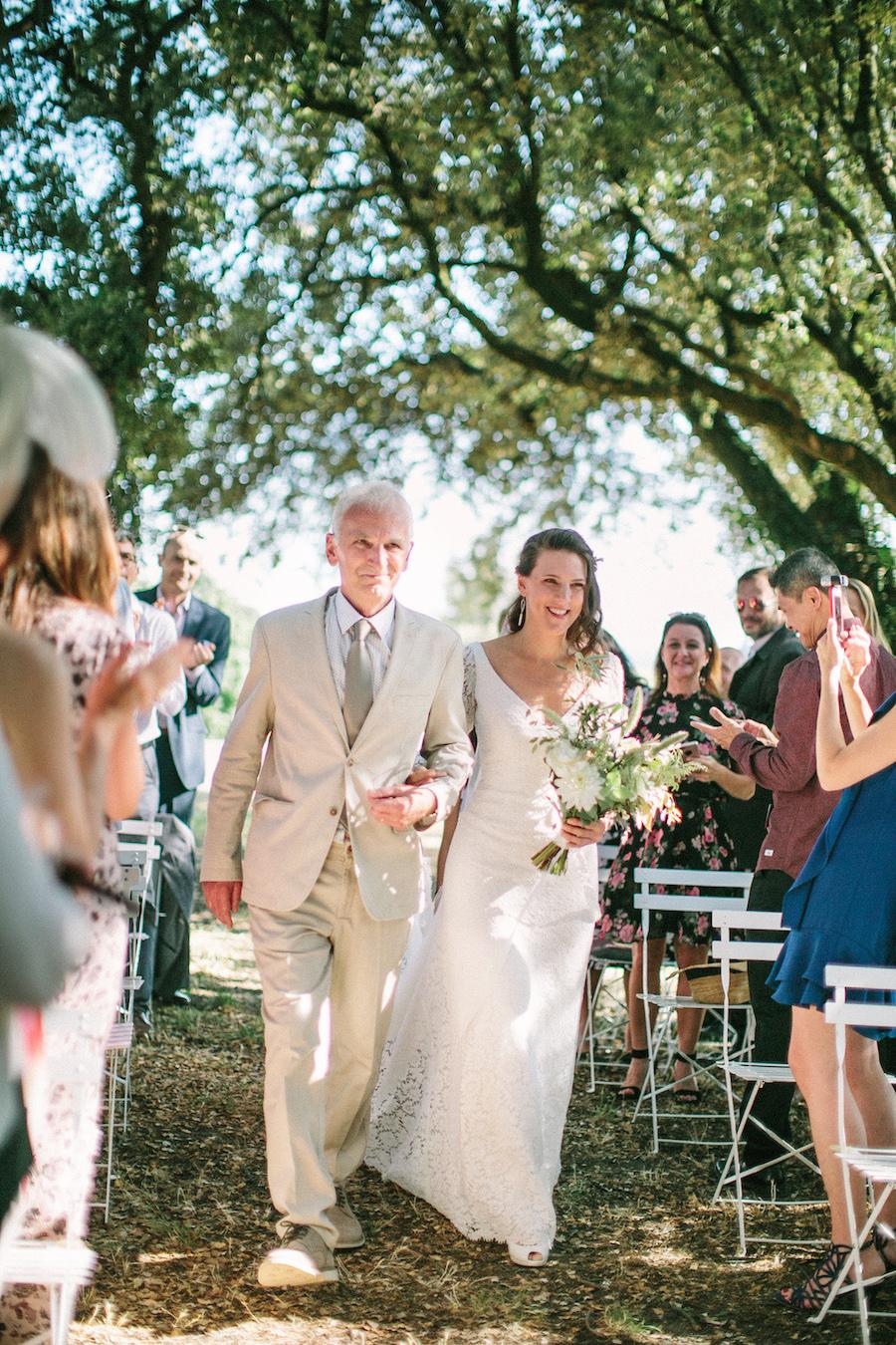 saya-photography-rustic-french-wedding-provence-domaines-de-patras-75.jpg