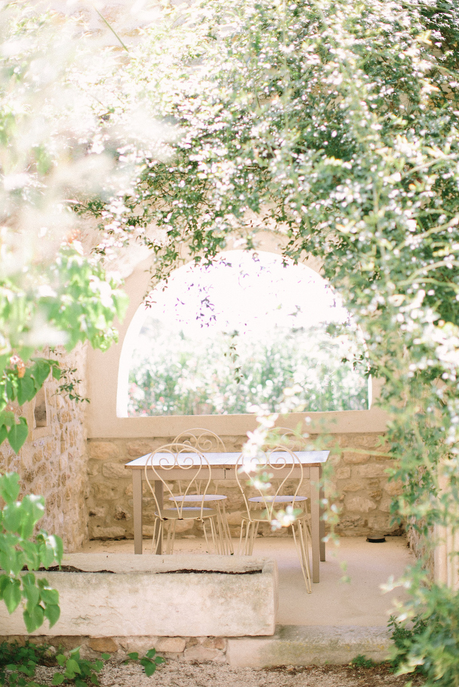 saya-photography-rustic-french-wedding-provence-domaines-de-patras-23.jpg