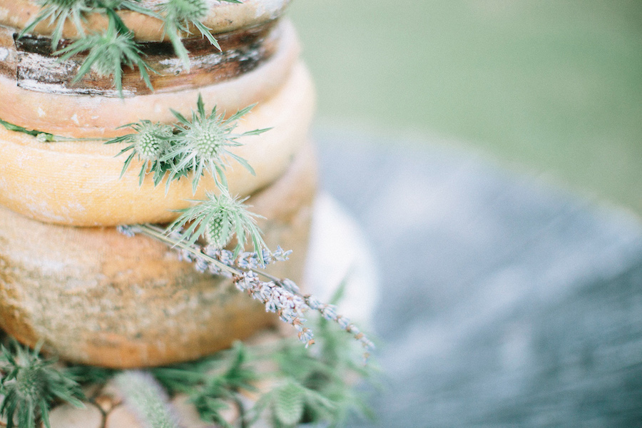 saya-photography-rustic-french-wedding-provence-domaines-de-patras-108.jpg