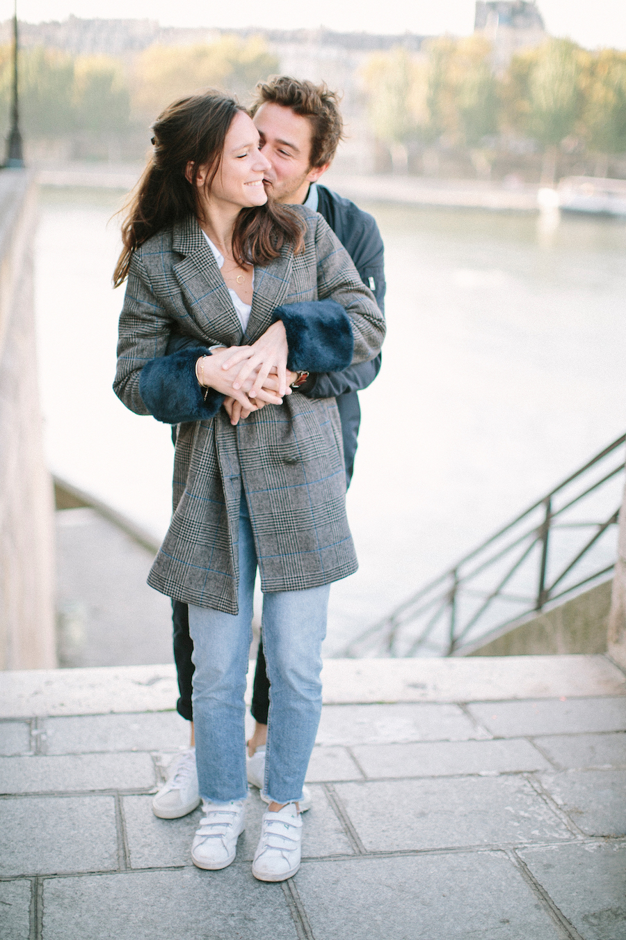 saya-photography-pre-wedding-couple-engagement-paris-ile-saint-louis-27.jpg