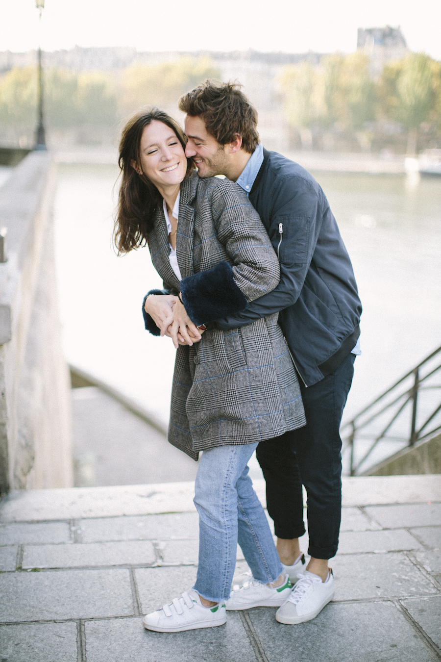 saya-photography-pre-wedding-couple-engagement-paris-ile-saint-louis-33.jpg