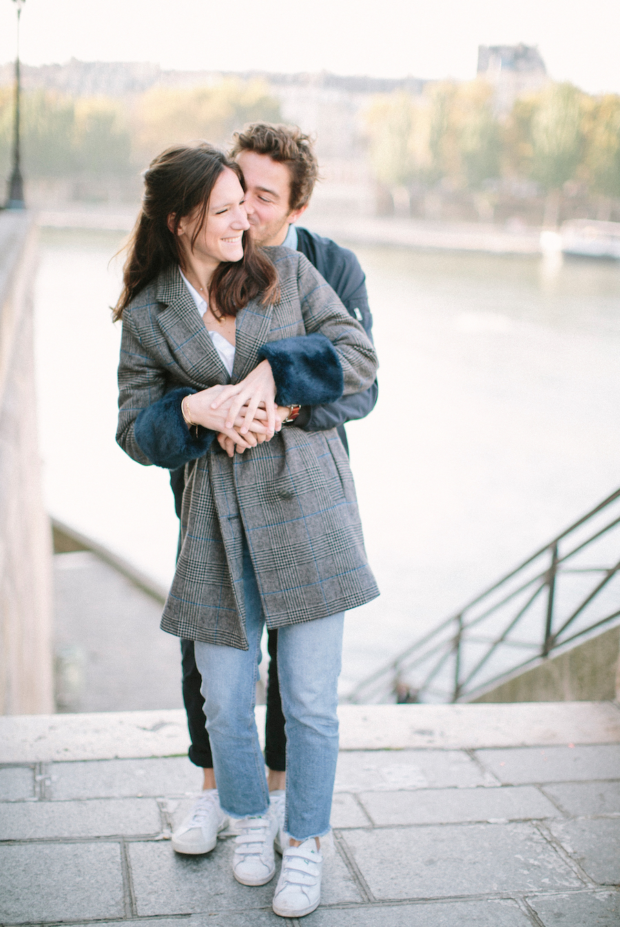 saya-photography-pre-wedding-couple-engagement-paris-ile-saint-louis-29.jpg