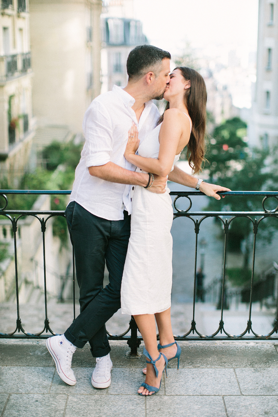 saya-photography-pre-wedding-couple-engagement-photographer-paris-montmartre-69.jpg