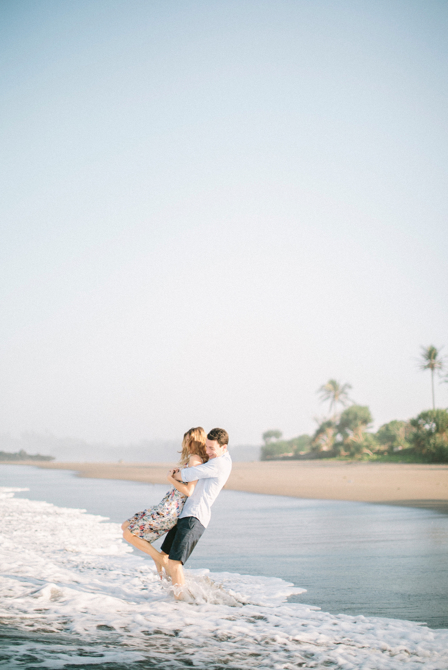 saya-photography-pre-wedding-engagement-bali-canggu-67.jpg