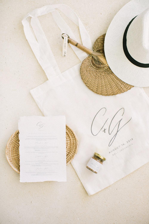 saya-photography-ungasan-fine-art-wedding-bali-guest-welcome-bag-