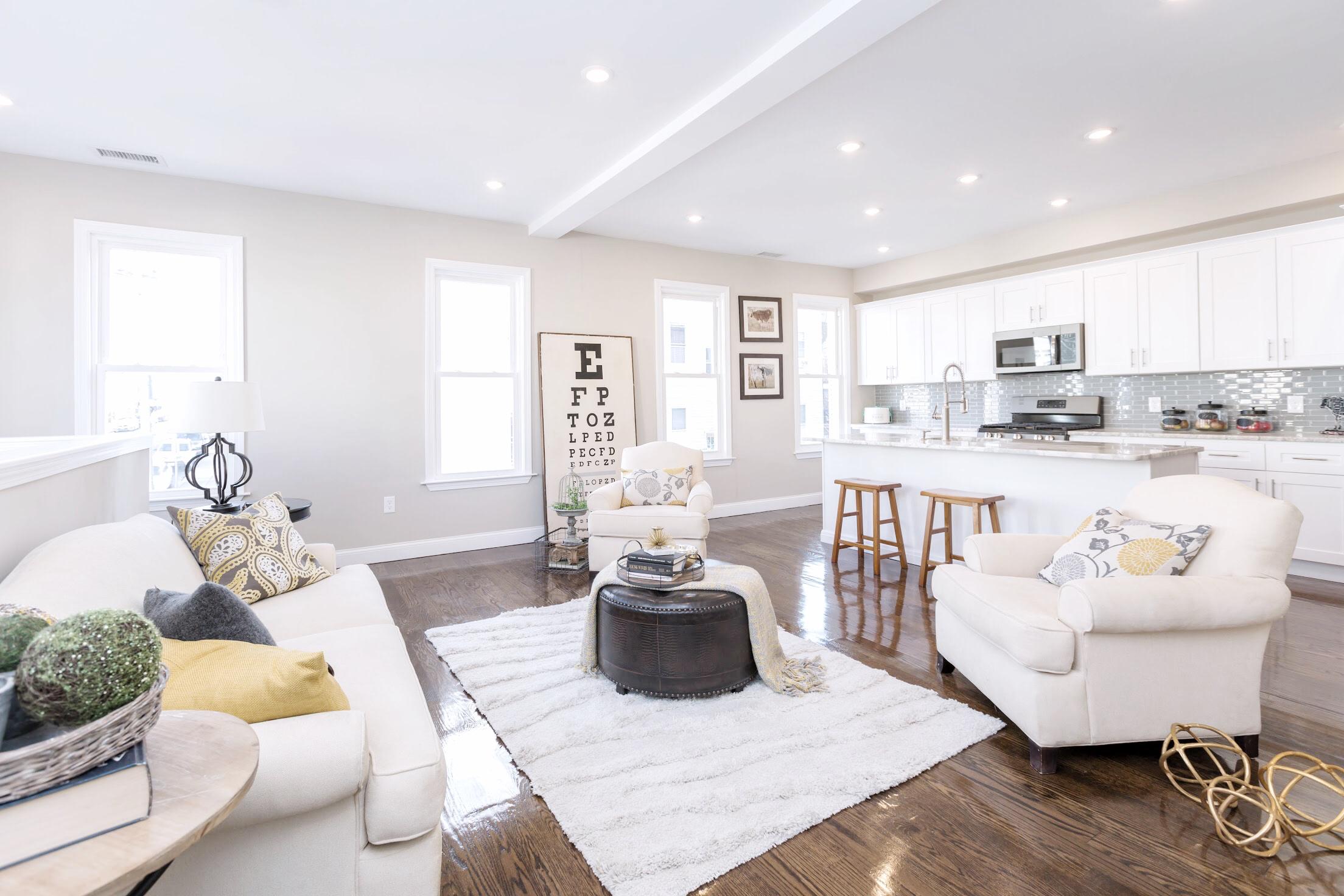 Meridian living room.jpg
