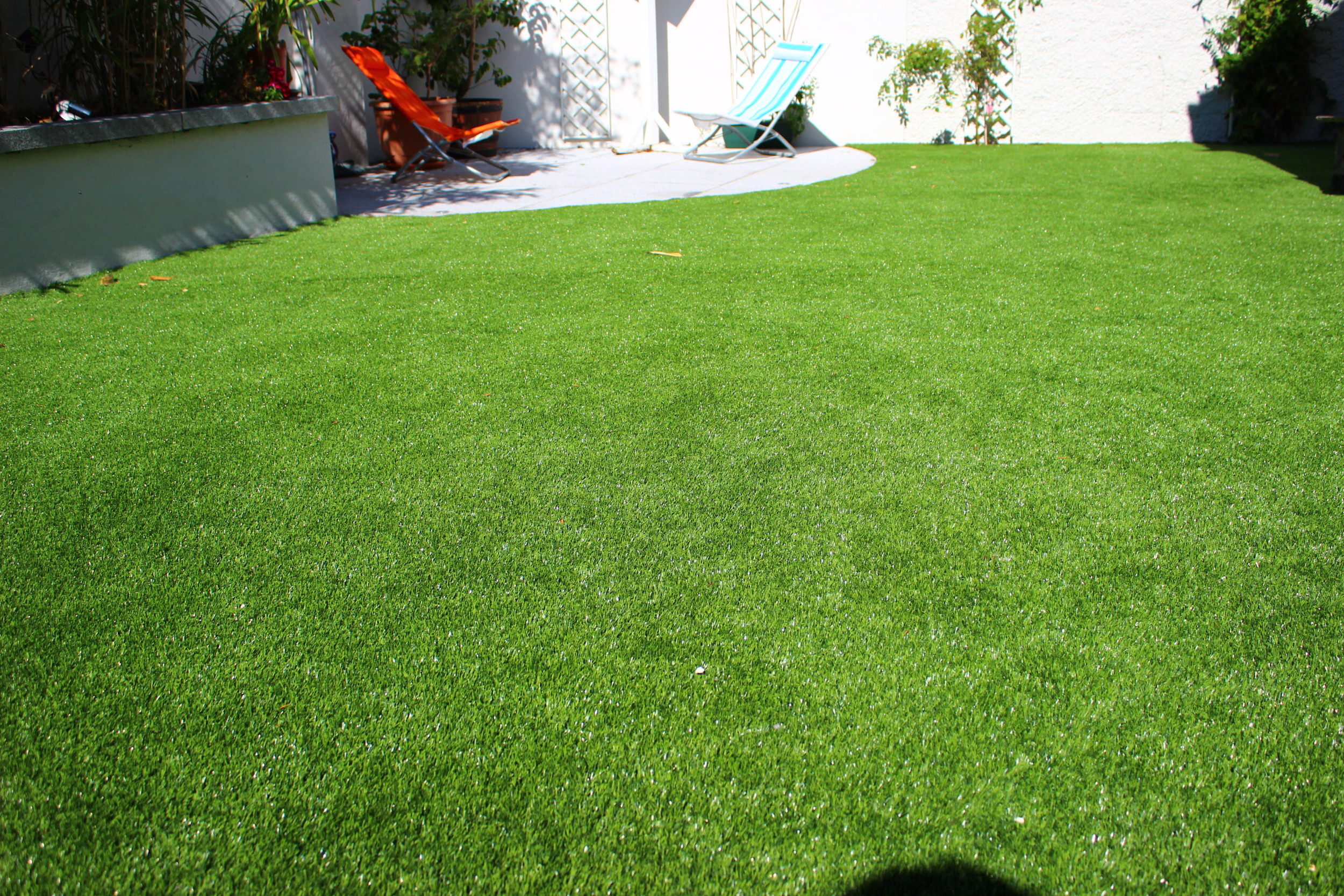 synthetic TigerTurf lawn