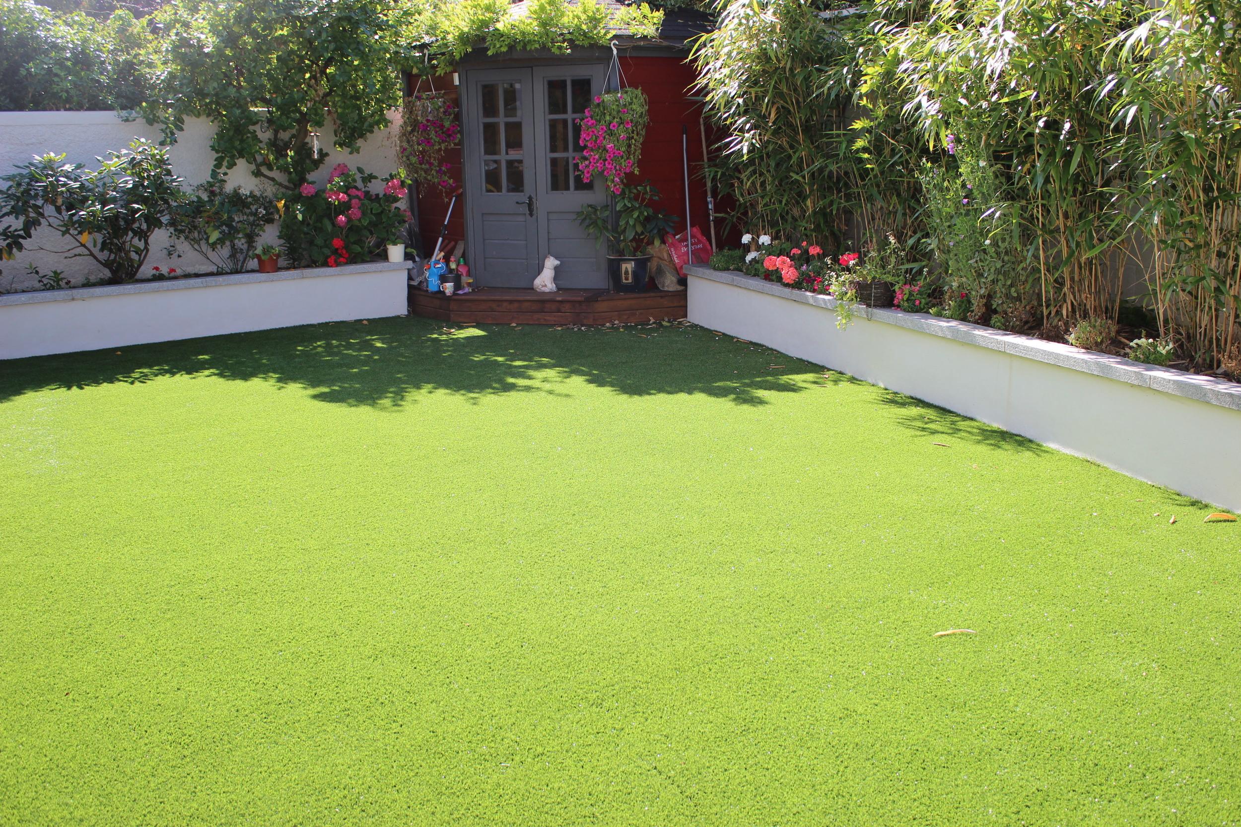 Landscape Lawn