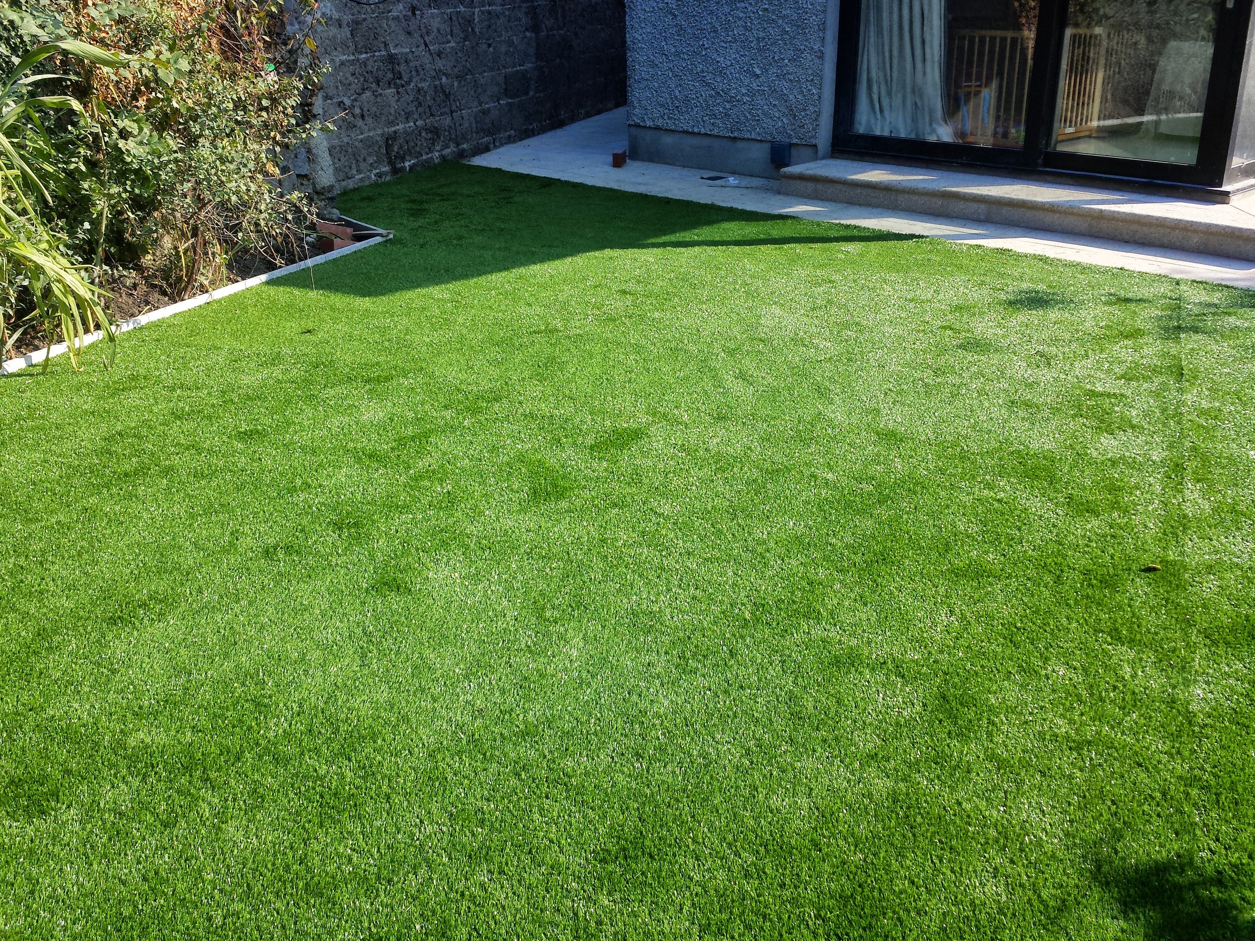 Finesse Deluxe Lawn