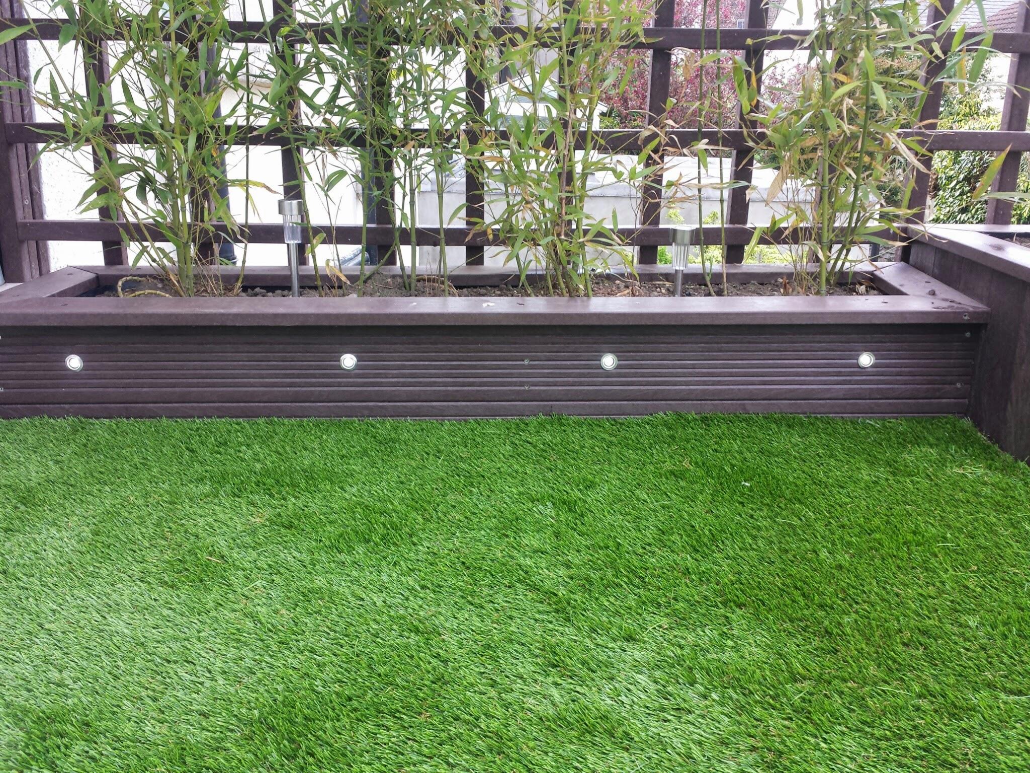 Balcony planters