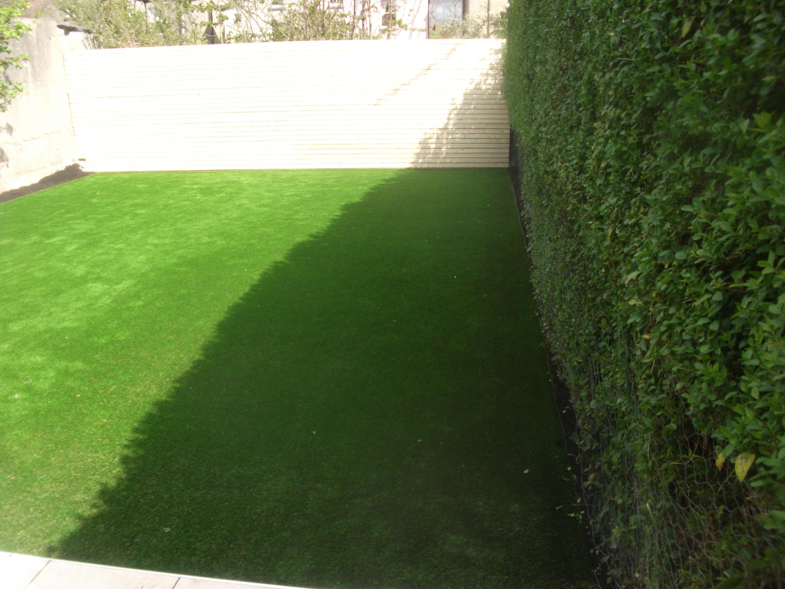 TigerTurf Garden