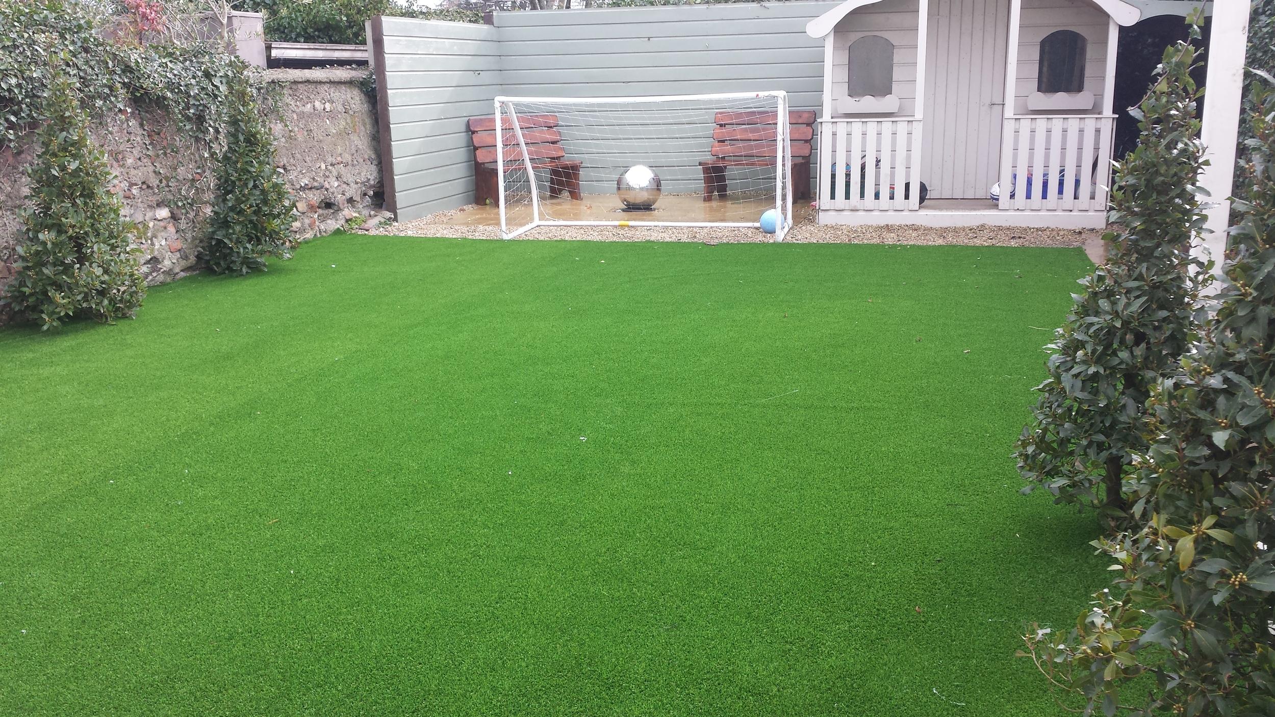 astro turf lawn