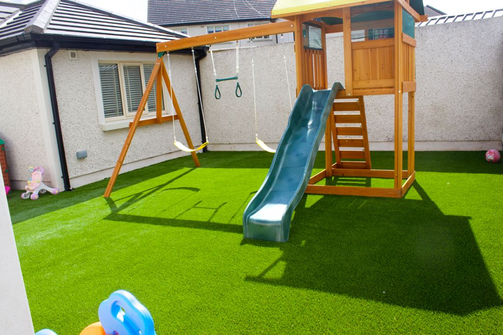 AstroTurf Lawn and Landscaping