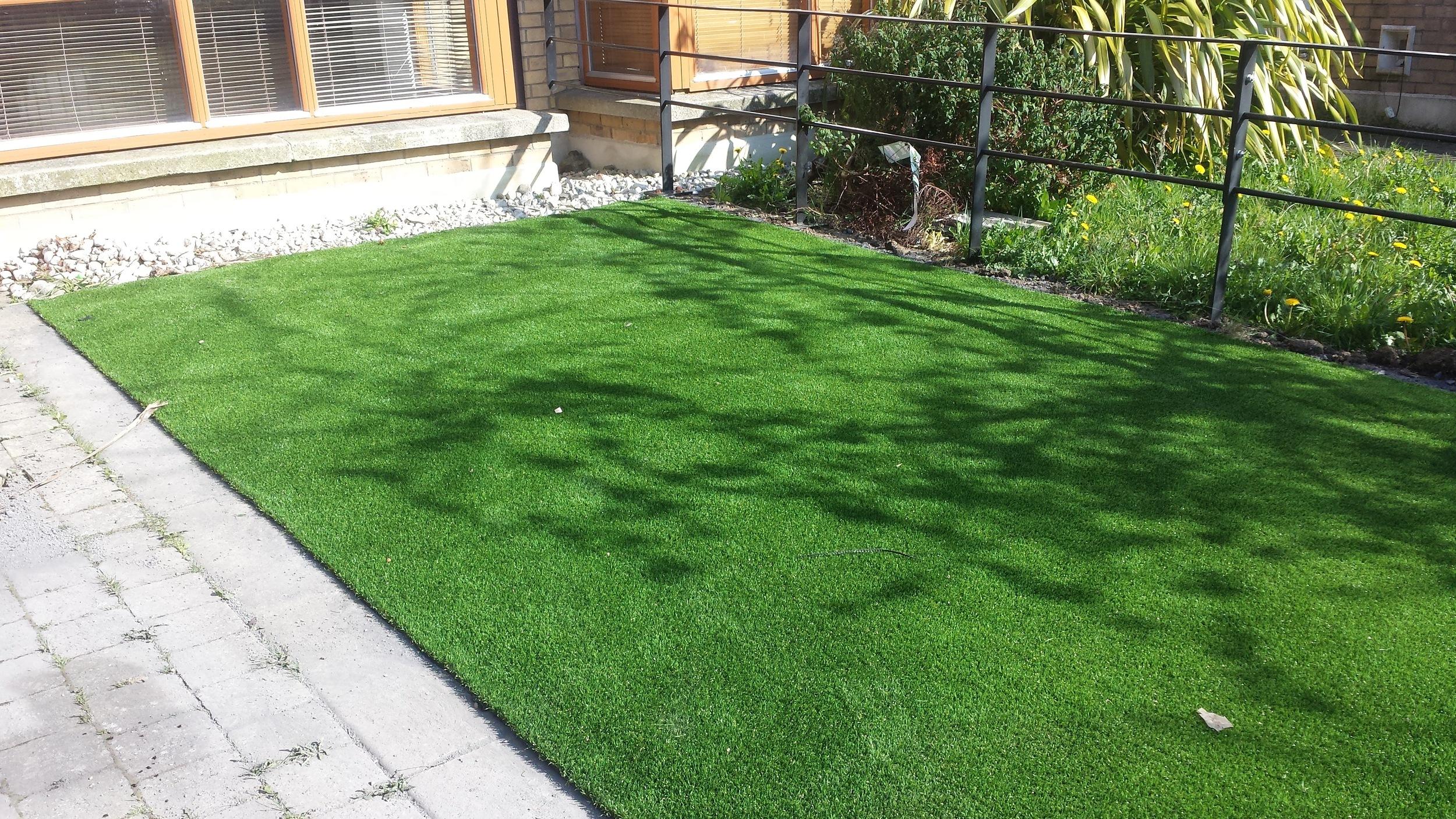 TigerTurf artificial lawns in Dublin front garden