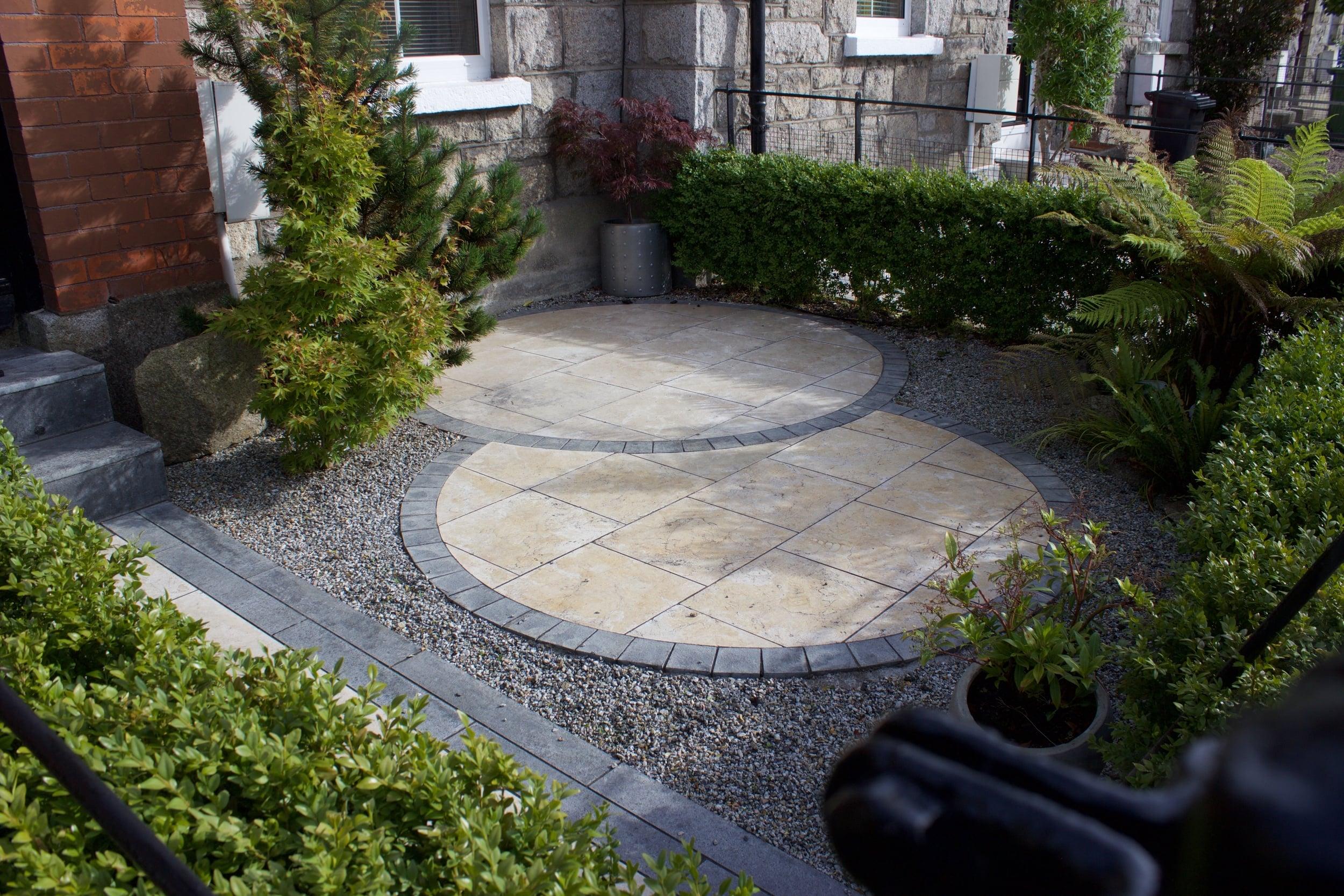 Small Front Garden Design .jpg