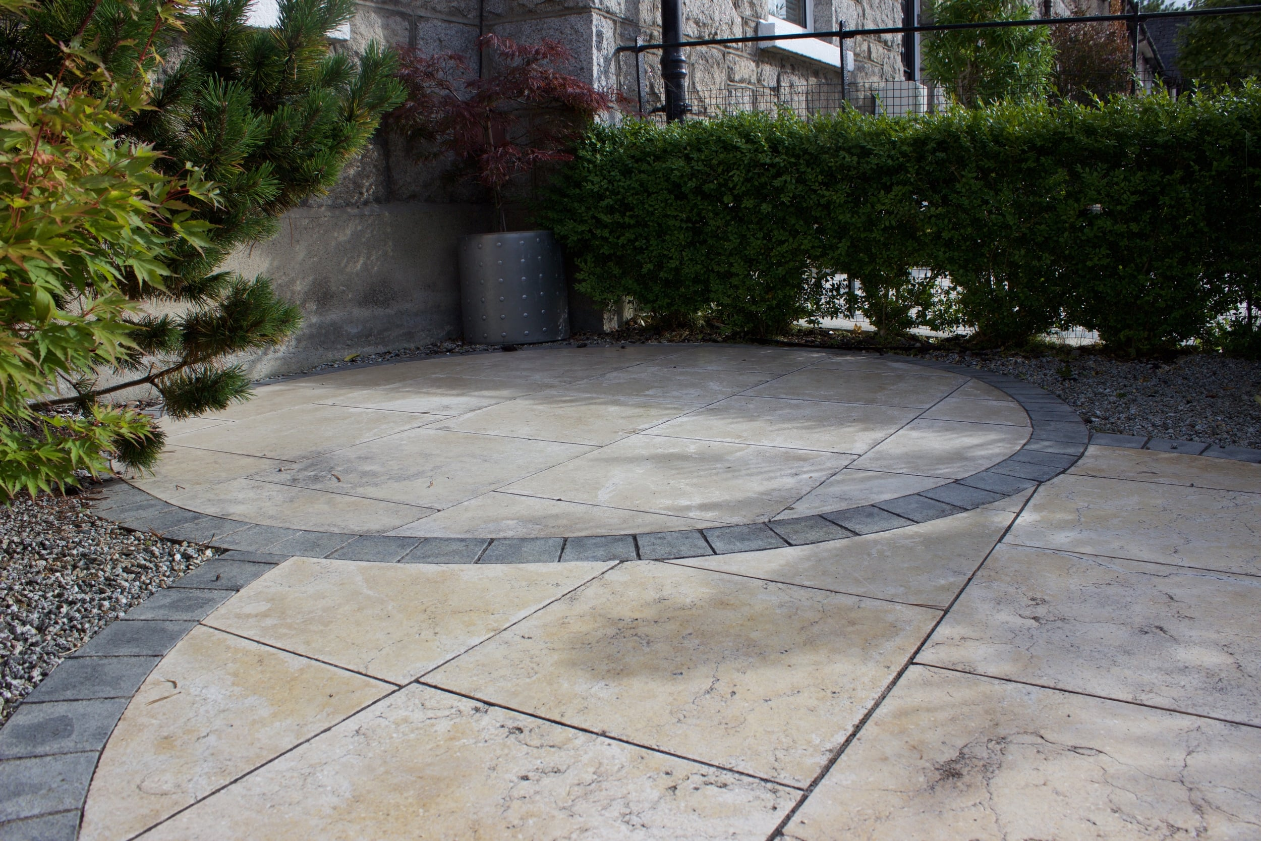 travertine and limestone garden design.jpg