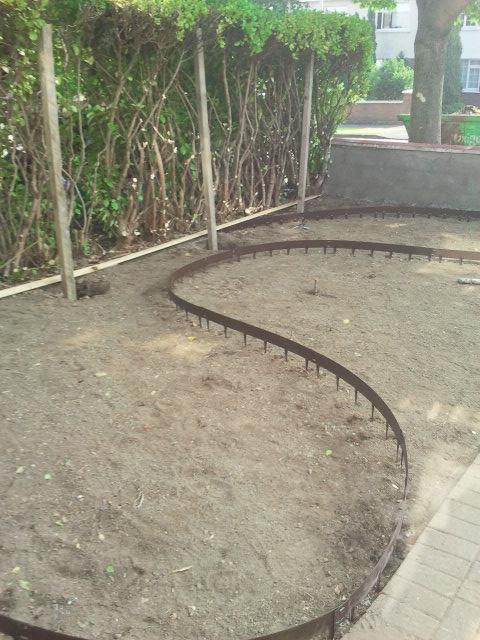 everedge landscaping tool dublin.jpg