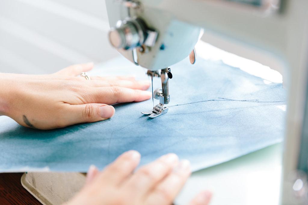 deeann-rieves-sewing-with-paint.jpg