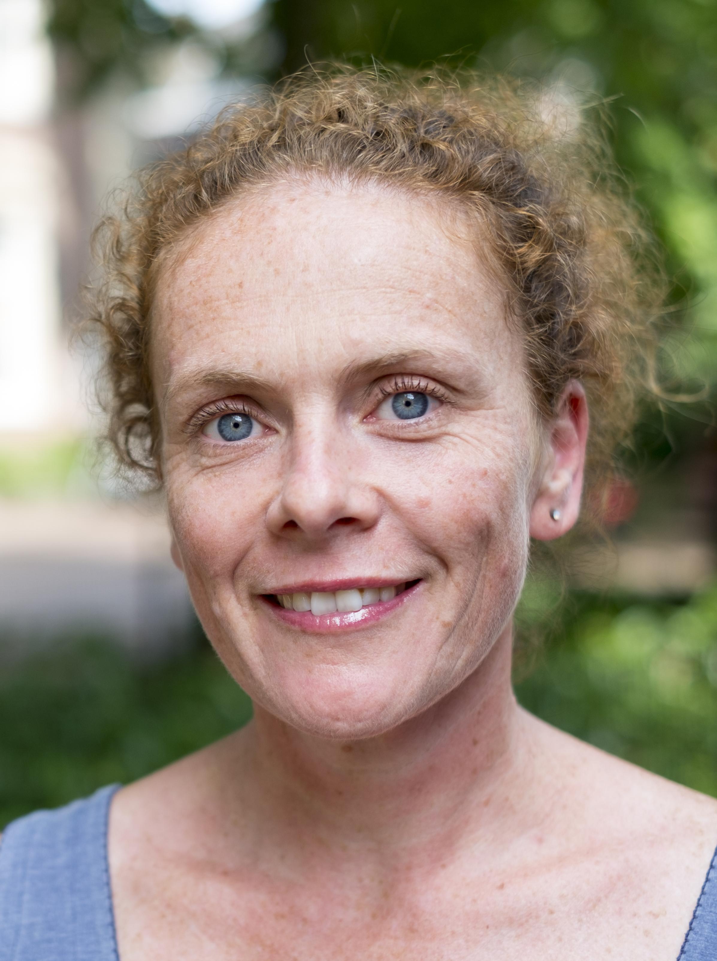 Liesbeth Rood - Actor