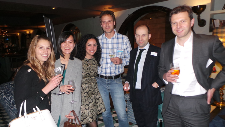 US Alumni Club members with Prodigy Finance Co-Founder (middle)