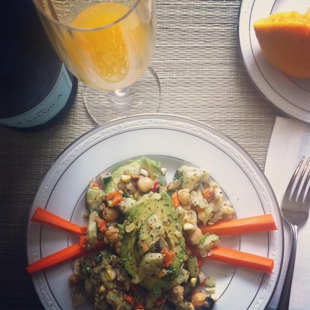 bubbles-lunch