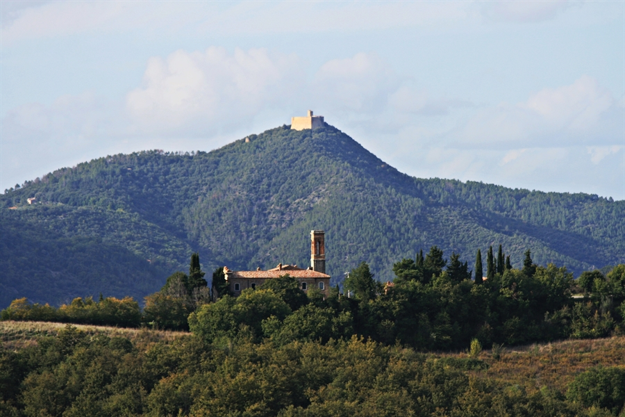view Rocca Sillana.png