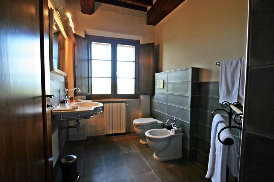 double room 12 bath.png