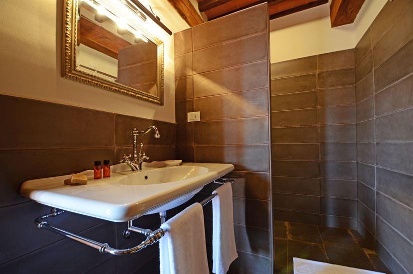 Giacinta bath 1.jpg
