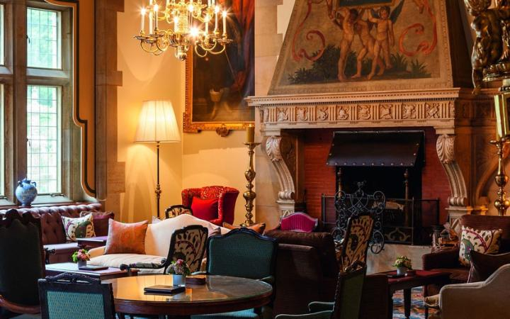 schlosshotel-kronberg-hotel-germany-lounge-large.jpg