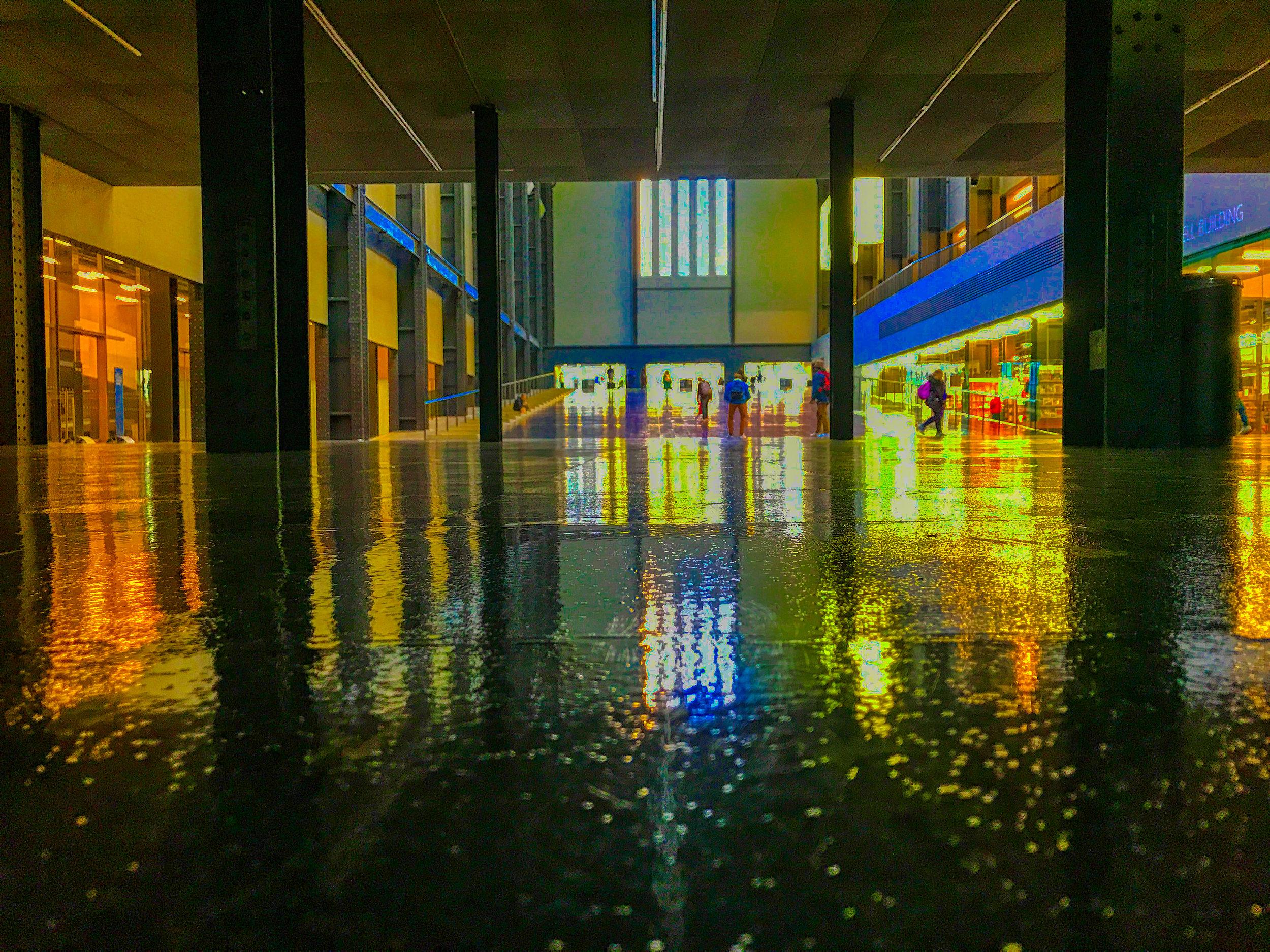 TATE MODERN - LONDON - TURBINE HALL