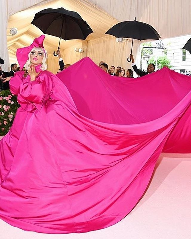 One of the best nights in fashion, so many fun looks at the Met Gala! #metgala2019 #camp