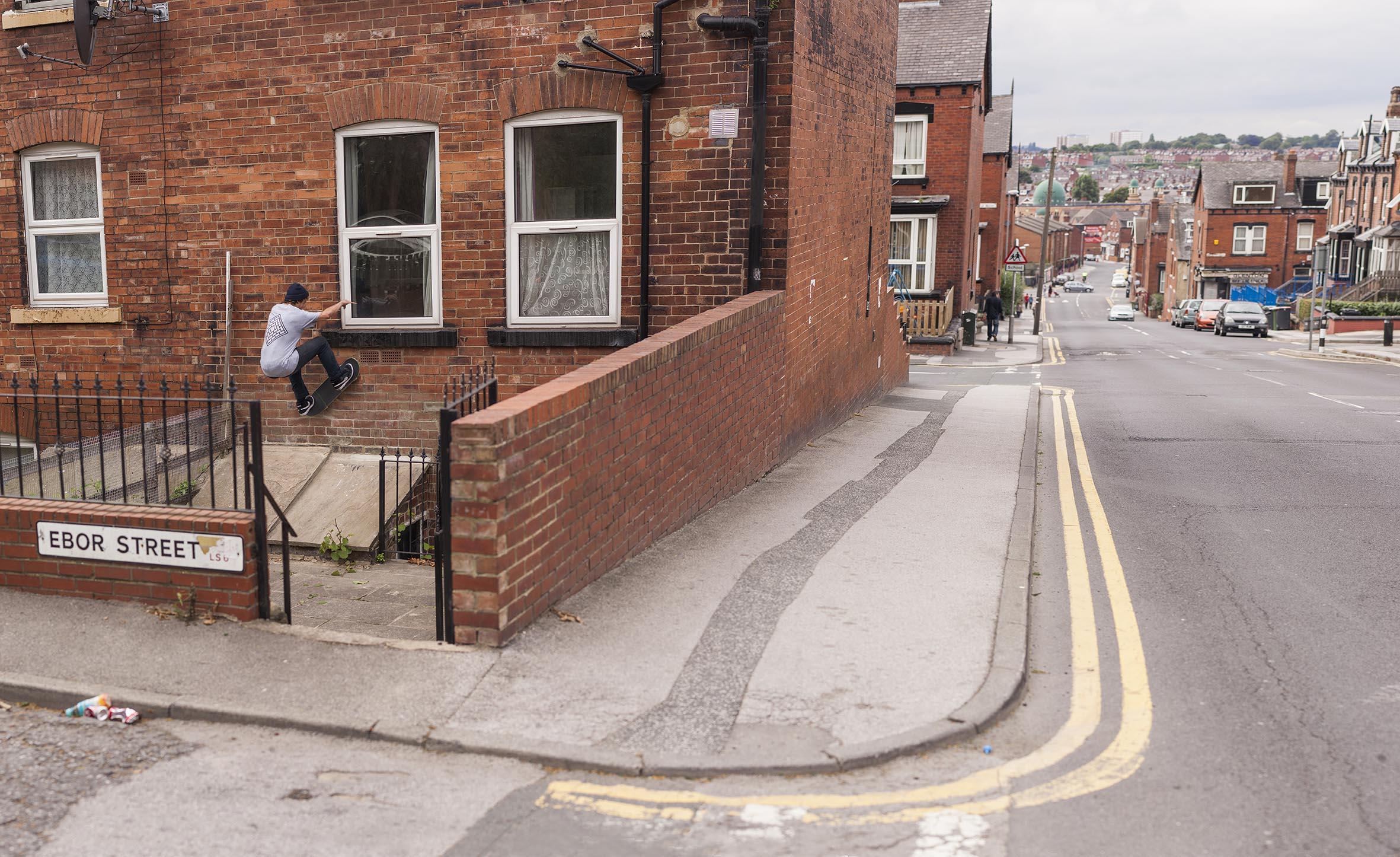 Vaughan Jones - frontside wallride