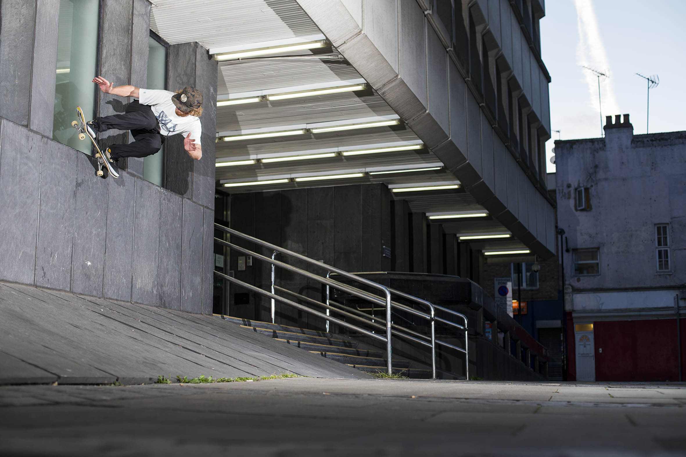Barney Page - wallride upto backside pivot