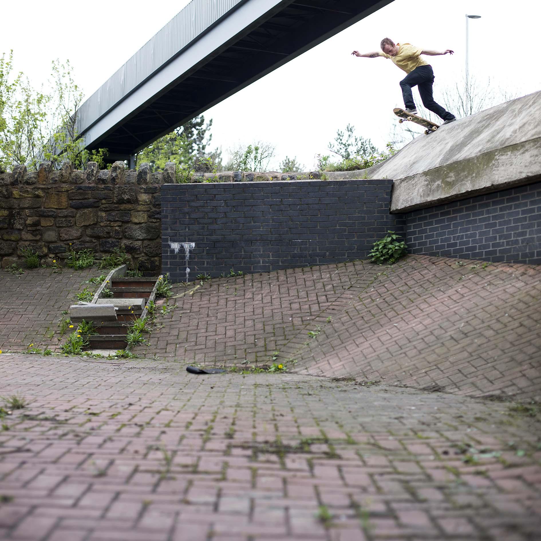 Dean Greensmith - backside tailslide