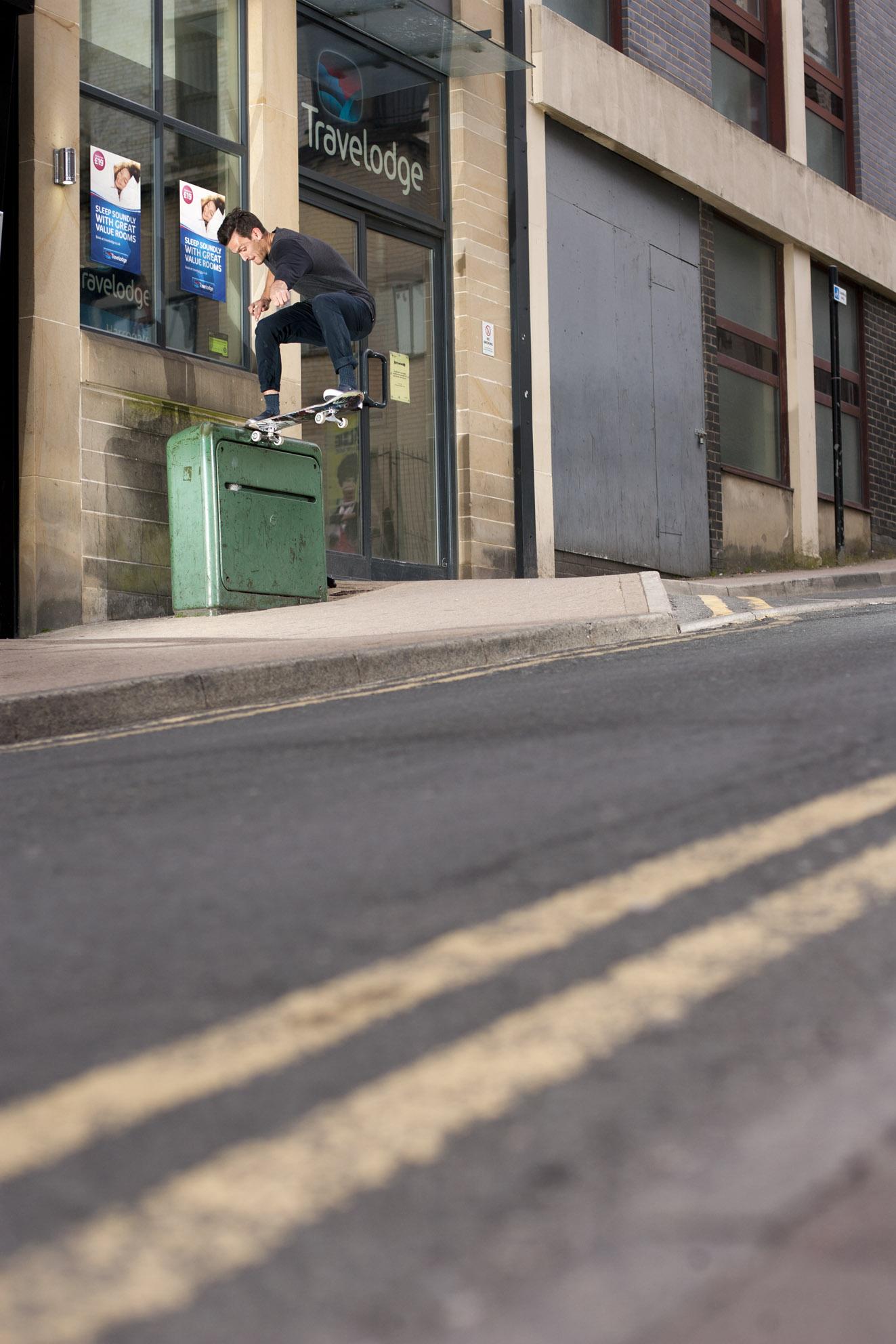 Tom Harrison - frontside tailslide